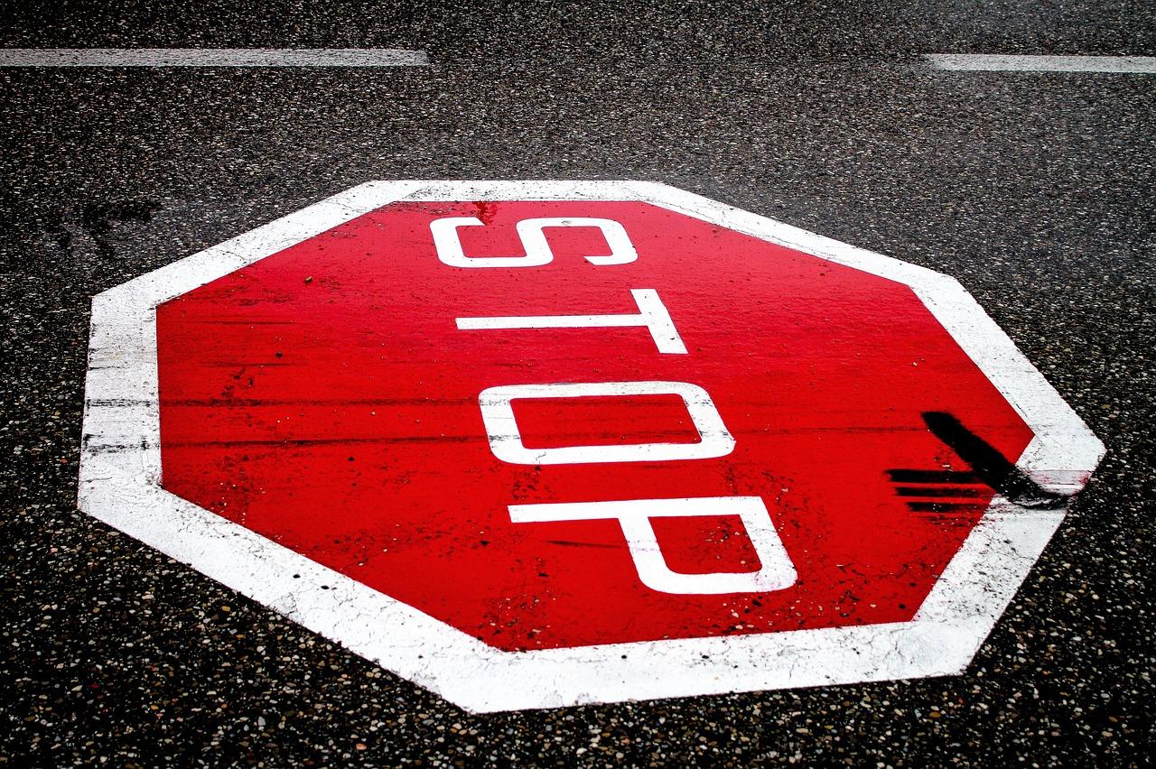 stop-2660762_1280